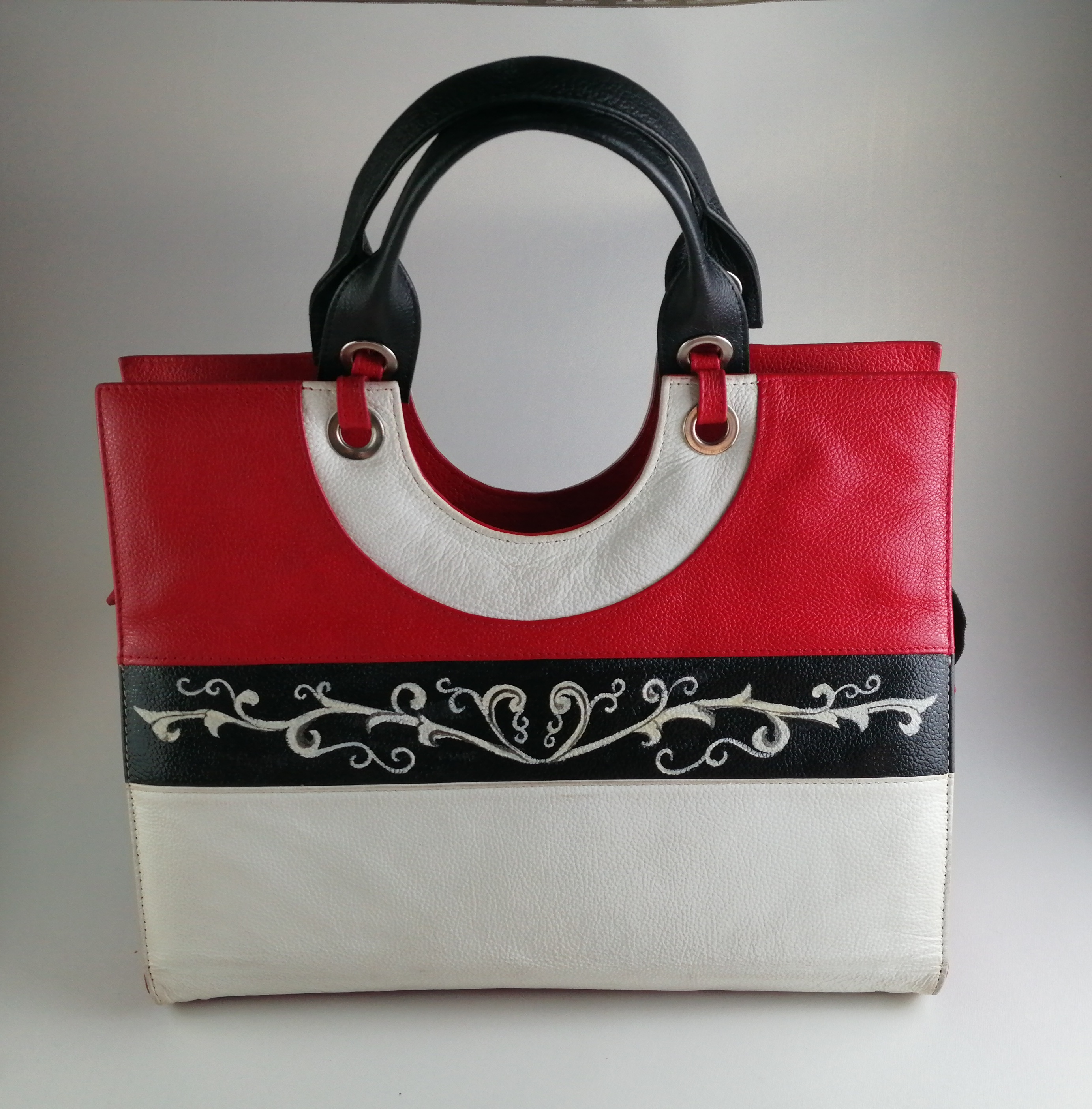 Alicia Handbag